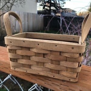 Other - 🆕 vintage mini baskets 2 of them